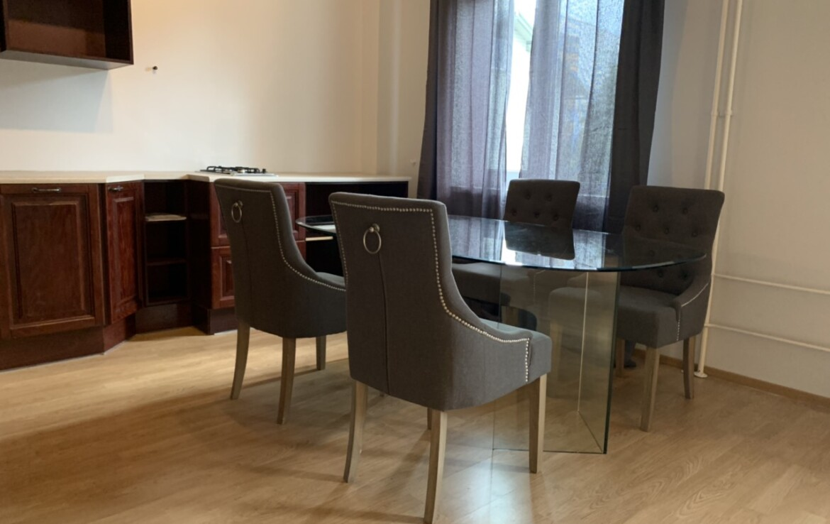 Well-located, spacious 2-room apartment in Kassisaba, on the Kristiine-Downtown border.