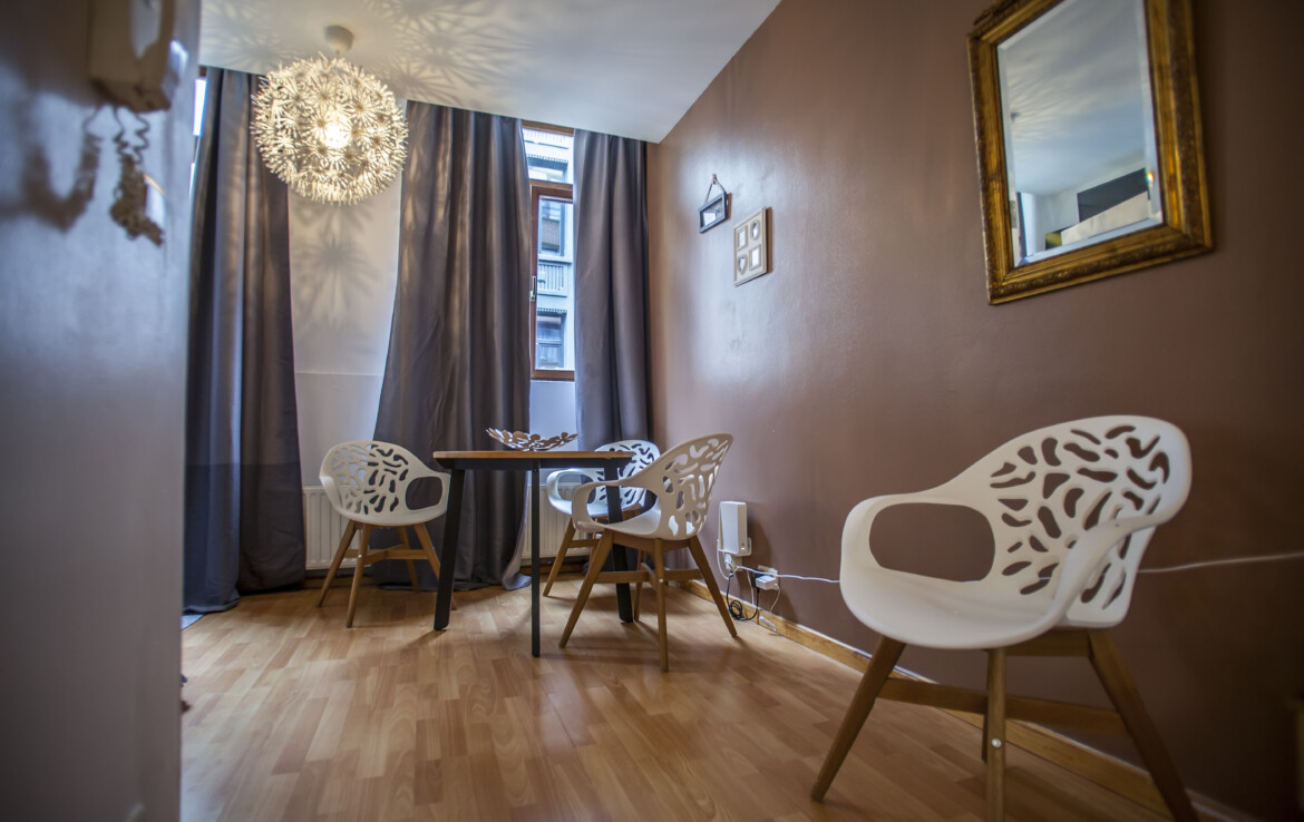 Beautiful studio apartment in Antwerp / floor 2
